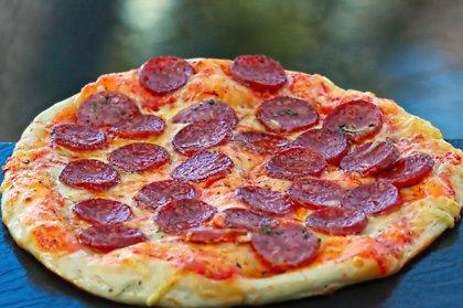 """Salami""  /salamī, oregano, siers, tomātu mērce/ 1192 kcal"